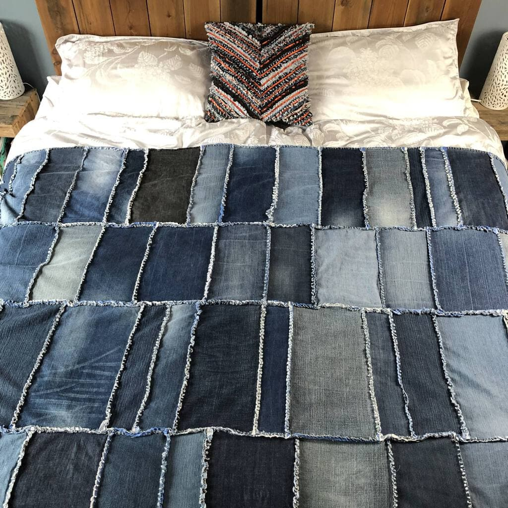Easy Upcycled Denim Rag Quilt