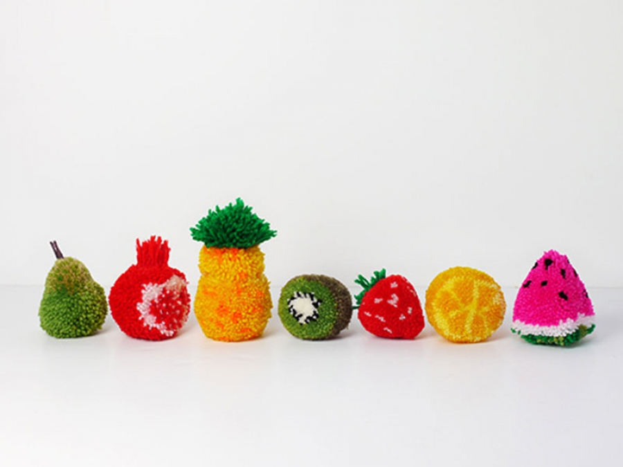 diy pom pom fruits
