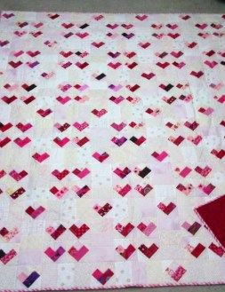 Four Patch Heart – Free Scrappy Quilt Pattern
