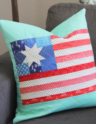 American Flag Quilted Pillow – Free Pattern