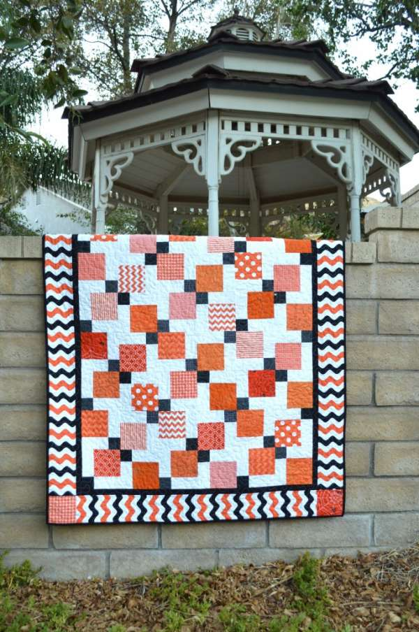 How to Make a Halloween Disappearing Nine Patch Quilt