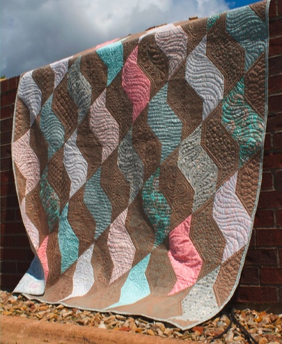 Twisting Coral Quilt – Free Pattern