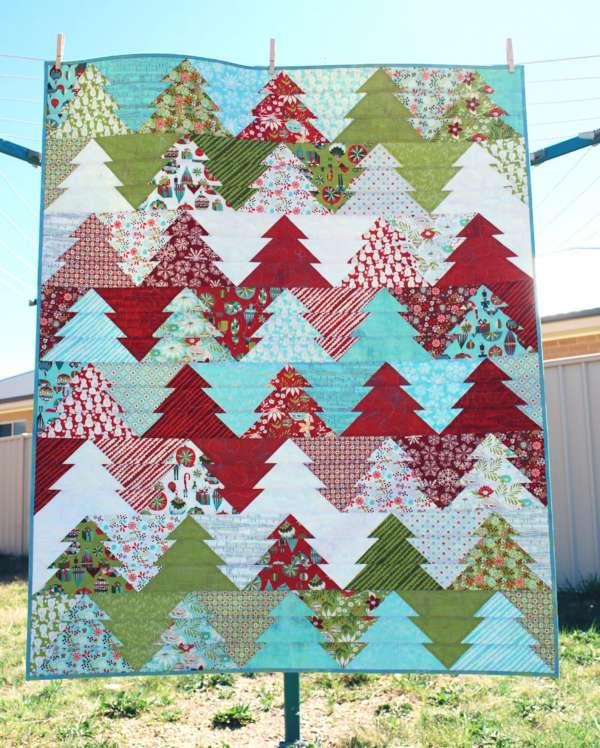 Zigzag Christmas Tree Pattern